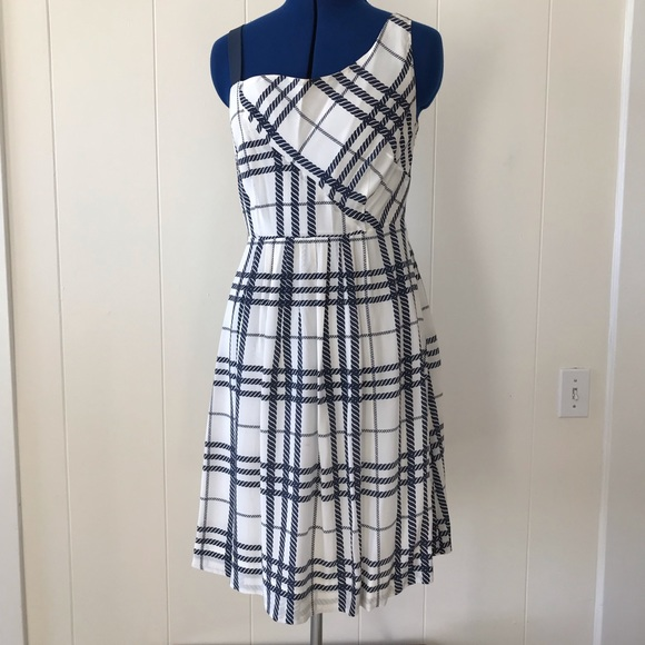 Anthropologie Dresses & Skirts - Navy and White silk dress with one shoulder strap